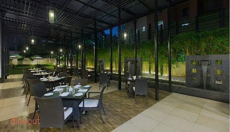 Alfresco Beyond The Eatery - Four Points By Sheraton Nagar Road