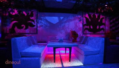 Kaanch - Club & Lounge