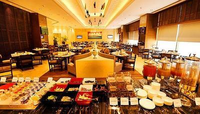 Cafe Pride - Pride Plaza Hotel