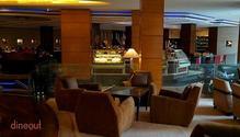 R The Lounge - Radisson Blu Plaza Delhi restaurant