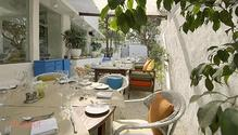 Olive Bar & Kitchen restaurant