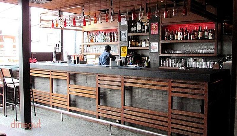 Happy Singh Bar Greater Kailash - 1