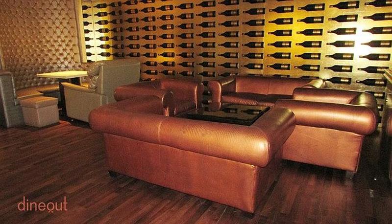 Pluto's Platinum Lounge Vasant Kunj