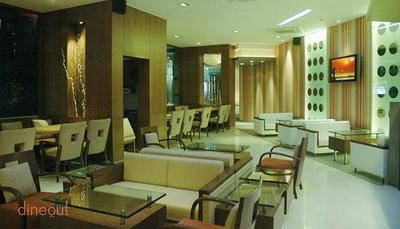 Soy - Le Royce Hotel