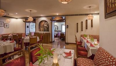 Larry's China - Vivanta By Taj Ambassador